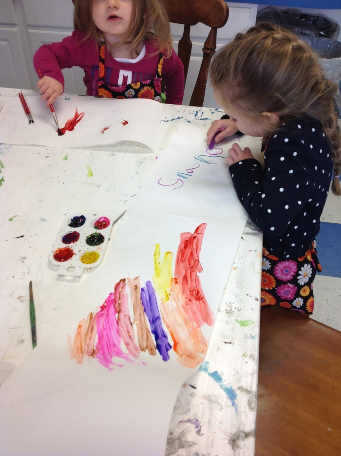 Little Kids Art   Wednesdays from 11:00-12:00 ish January 7, 14, 21, and 28 Little children have fun explore different art mediums and creating art! All materials are safe and appropriate for little hands! We will create some art supplies in class! All ages are welcome. Parents, grandparents, babysitters may join! Paint with your toes, make a giant painting of you! Make a wooden sculpture and other fun projects!!! Cost: $65 plus $12 supply fee
